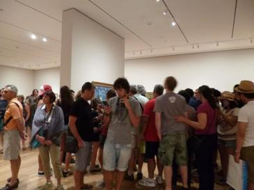 MOMA-Crowds-Van-Gogh-blog